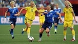 Sofia Jakobsson (Sweden) & Lauren Holiday (USA)