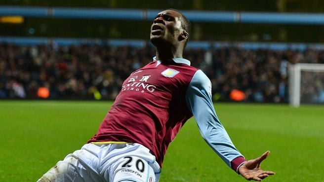 Benteke regala la vittoria all'Aston Villa