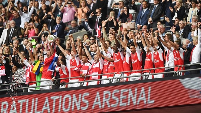 Wenger batte Conte, Community Shield all'Arsenal